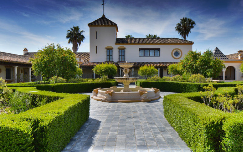 Buying a house in the Costa del Sol: What is a Finca?